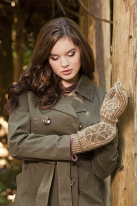 Deluxe Worsted e-book Big Leaf Mittens 2 blog