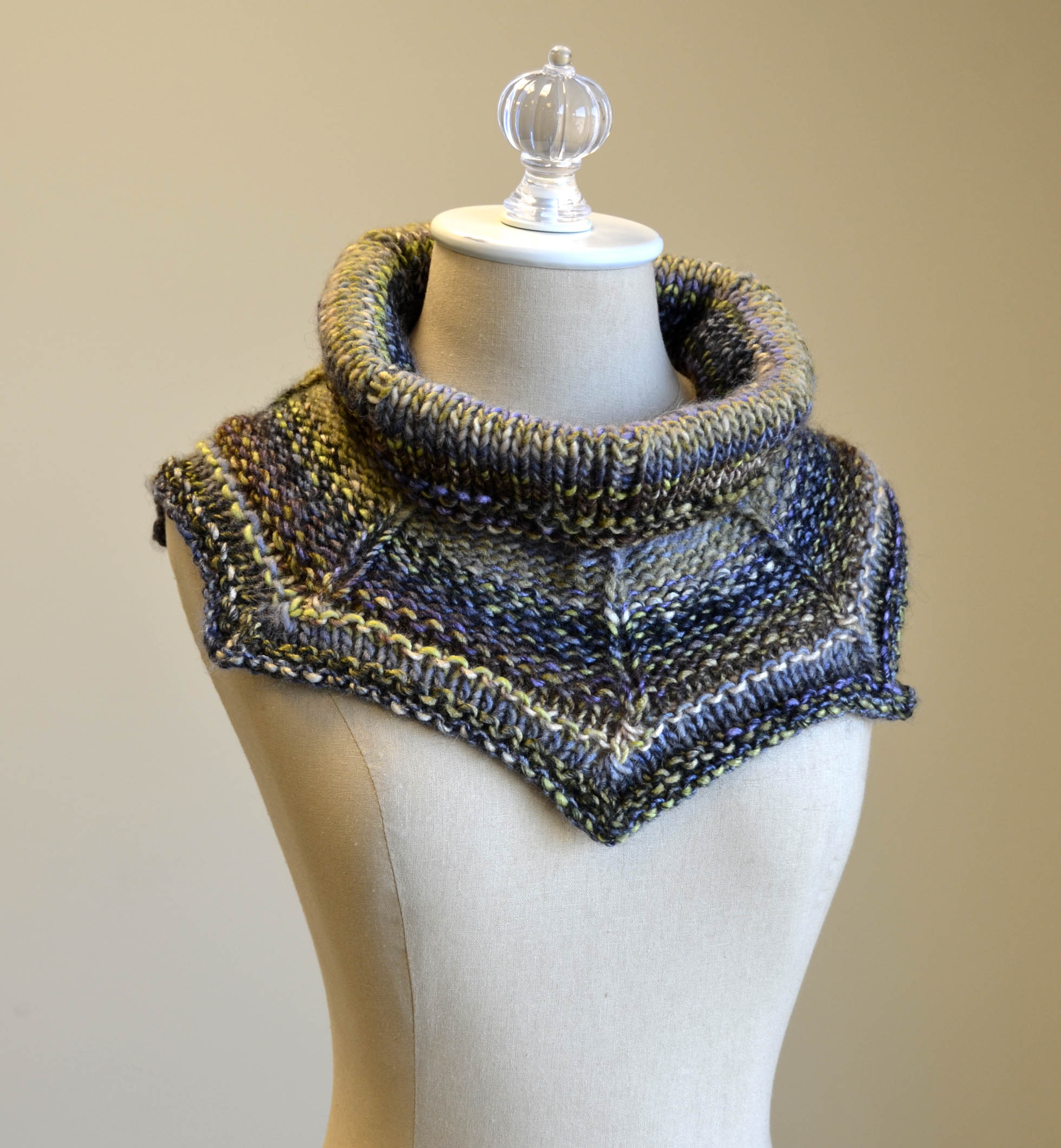 Get To The Point Cowl Classic Shades Frenzy_Facebook