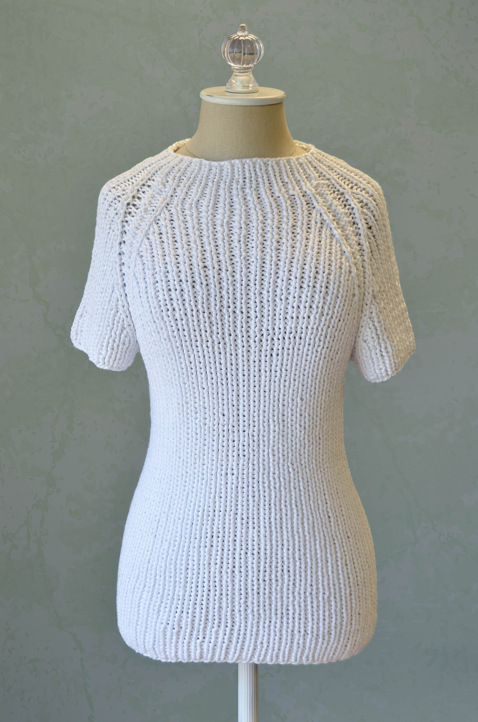 Free Pattern Friday – Raglan Tee – Universal Yarn Creative Network