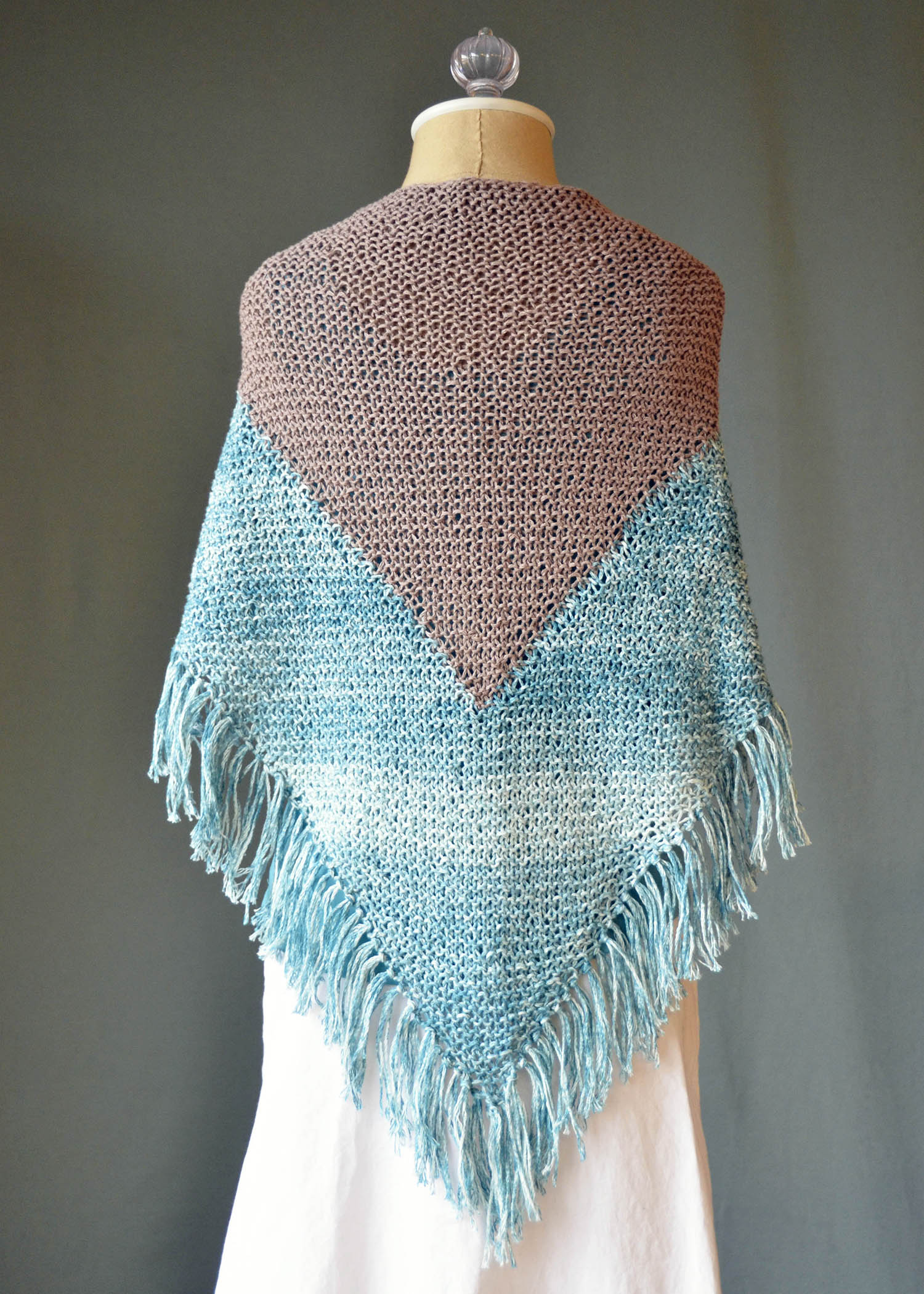 Good Earth Adorn Seabird Shawl back_blog