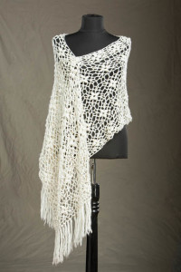 Laurel_Crocheted_Shawl_Polaris_low-res