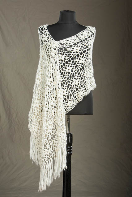 Free Crochet Patterns Shawls Stoles : Amy Answers ? Laurel Crochet Stole Universal Yarn ...