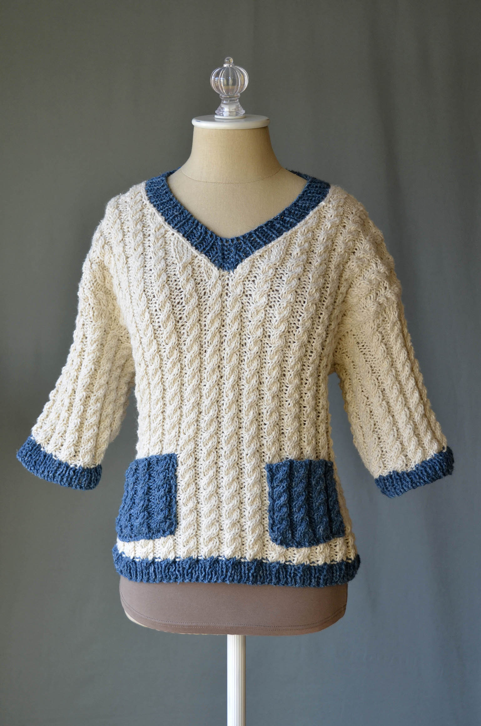 Varia Sweater in Llamalini_blog