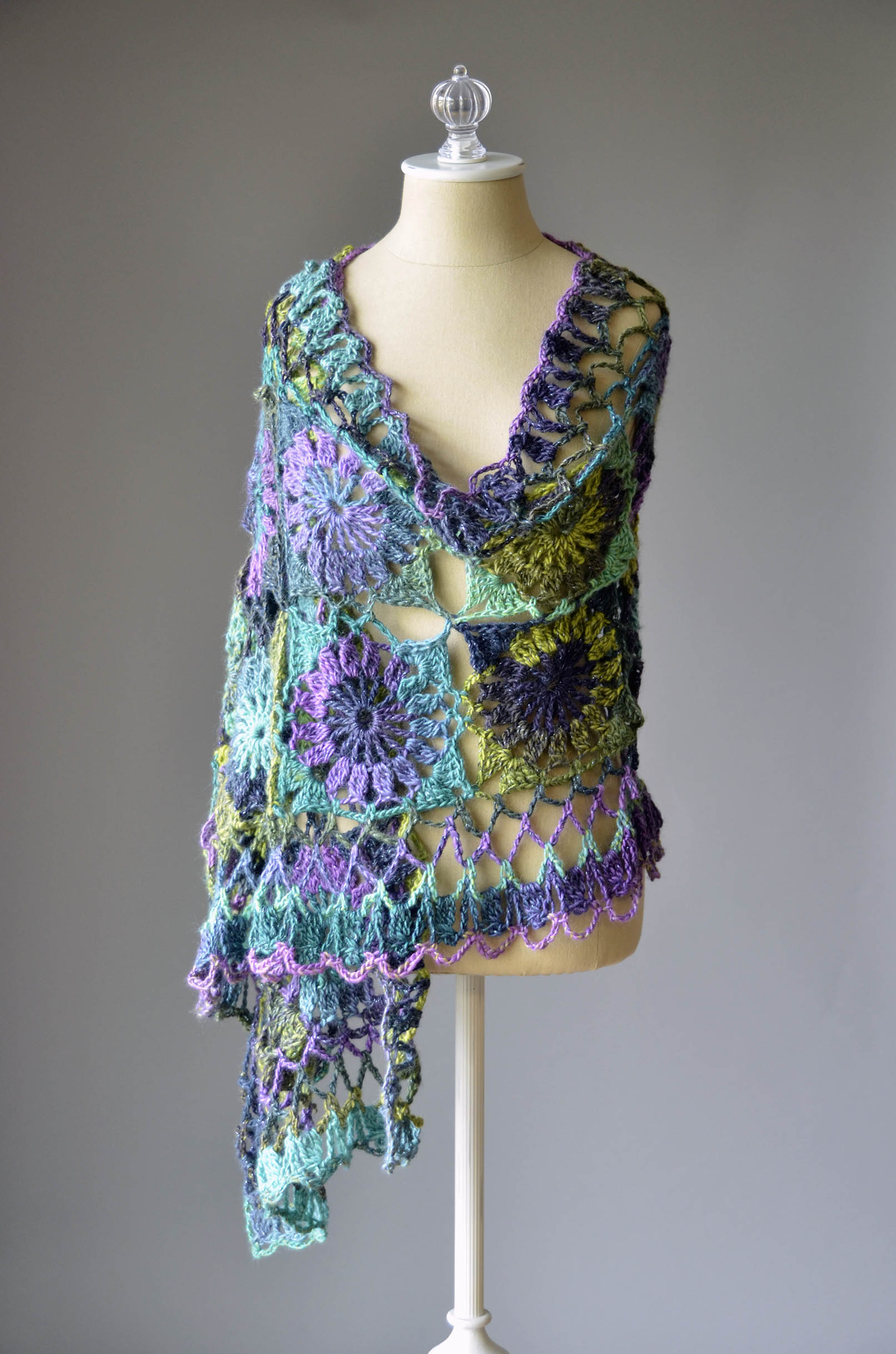 CS Sequins Lite Crochet Shawl 1_blog