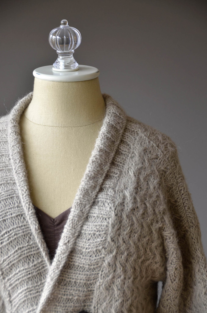 Fireplace Cardigan shoulder blog