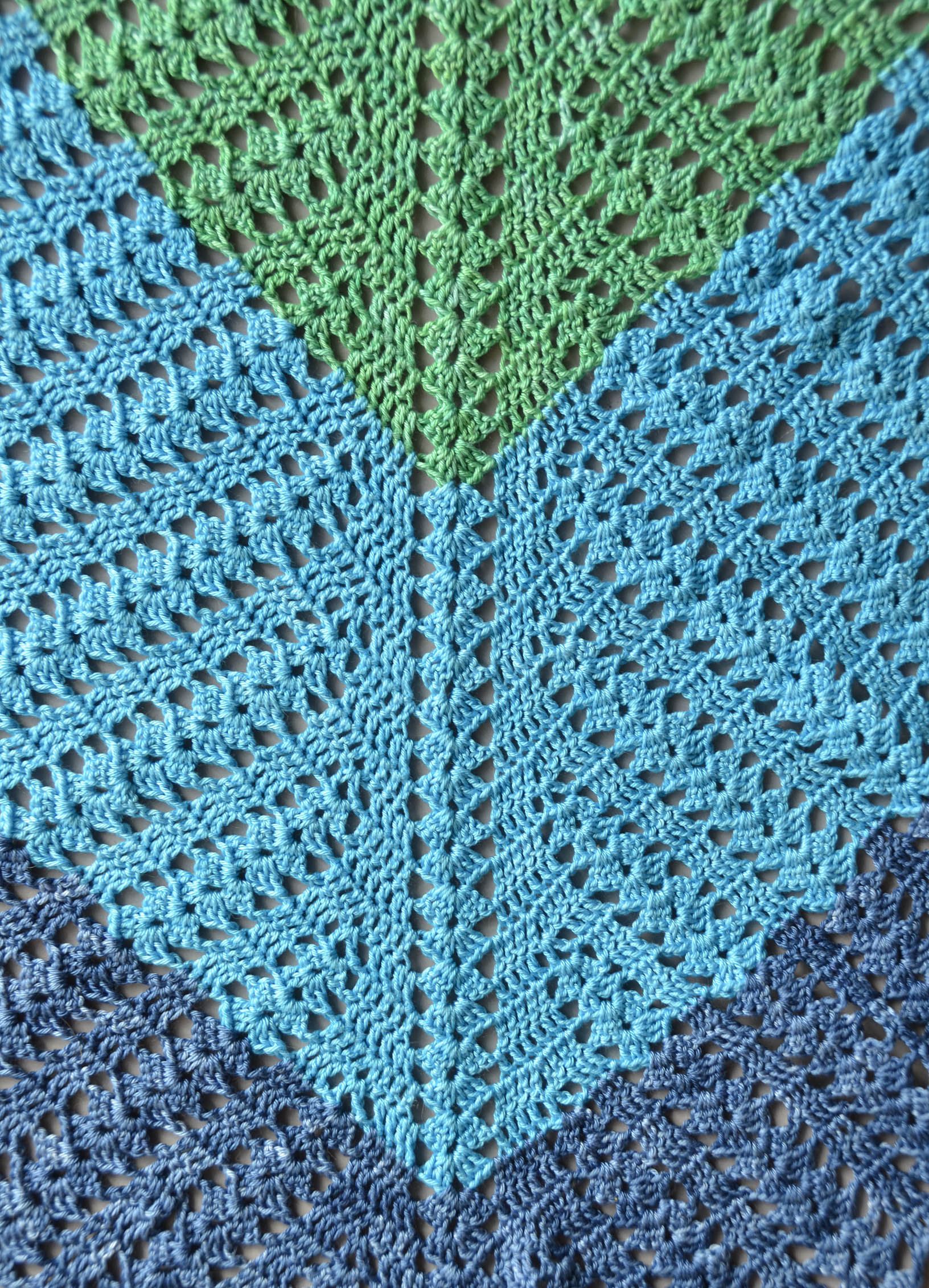 Jen Garden 5 crochet shawl colors blog